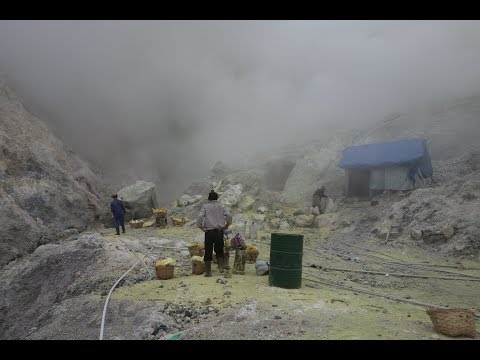 Indonesia's Hellish Ijen Sulfur Mine