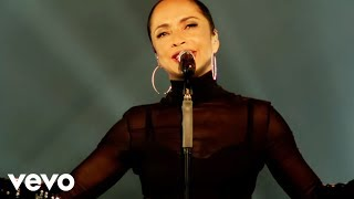 Sade - Your Love Is King (Live 2011)