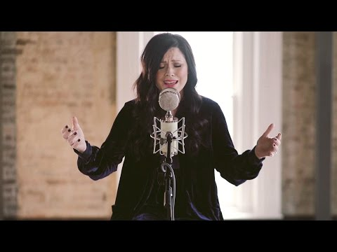 Oh The Power Kari Jobe Lyrics And Chords Worship Together