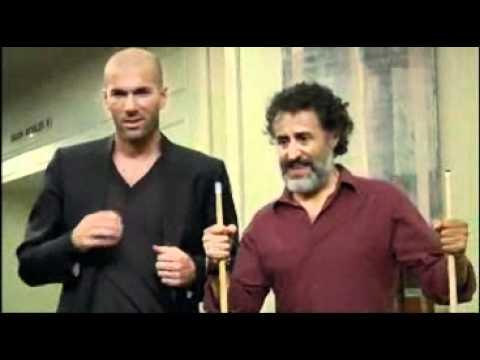 Khi Huyền Thoại Zidane đánh bi-a