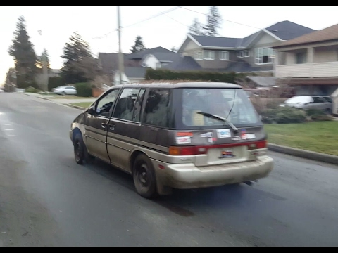 1989 Nissan Axxess 485,000km's First start in 5 years does Posi burnouts