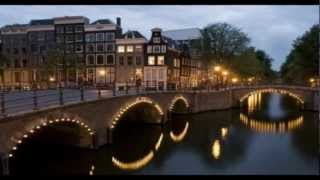 Johnny Rampack - Aan de Amsterdamse grachten