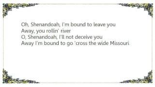 Faryl Smith - Shenandoah folk song Lyrics