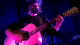"Angus Stone sings ""Bella"" by Angus and Julia Stone"