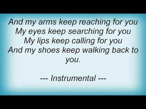 , title : 'Skeeter Davis - My Shoes Keep Walking Back To You Lyrics'