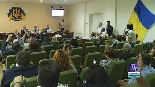 Земельные вопросы нарушили привычный ход сессии Лиманского района