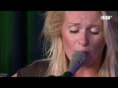 Miss Montreal - Tututu (Live bij Ruuddewild.nl)