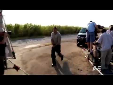 Breakout Kings Season 2 (Featurette)