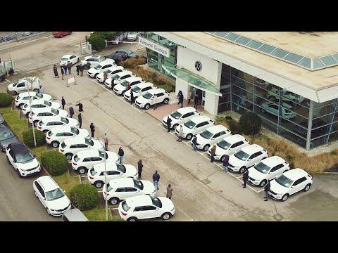 Autocentri Giustozzi e Gruppo Barton insieme per ripartire: consegnate 30 Volkswagen T-Roc