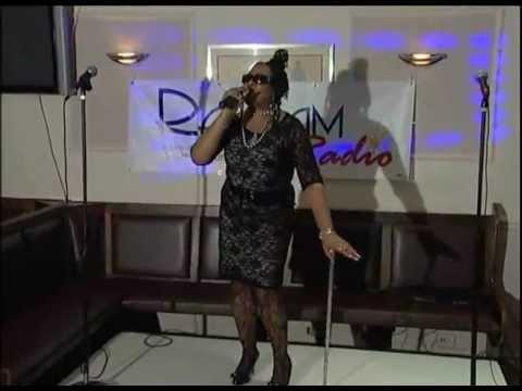 Elizabeth Bryan - Ramjam Radio Artist Night.wmv