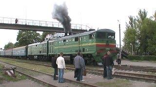 Тепловоз 2ТЭ10М-2822 на ст. Умань / 2TE10M-2822 at Uman station