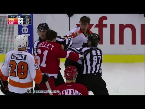 Xavier Ouellet vs. Michael Raffl