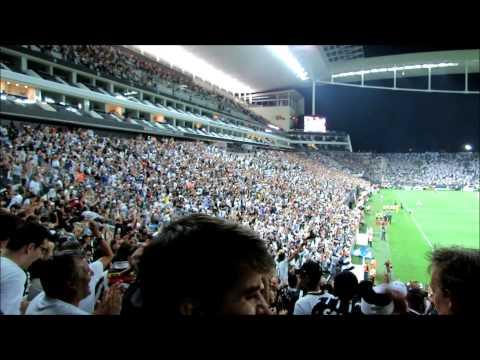 A emoção do primeiro gol do Corinthians filmado da arquibancada da Arena