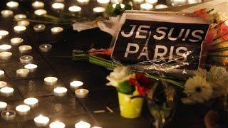 Reabre el teatro Bataclán para conmemorar un año de los ataques terroristas de Paris