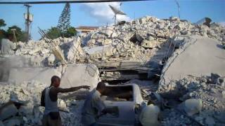 preview picture of video 'Trip through Port Au Prince - True HD'
