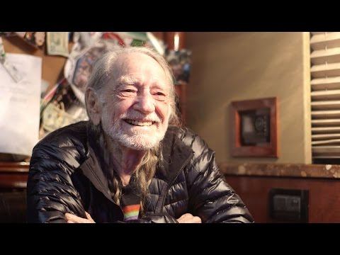 Willie Nelson On Eggs, Martial Arts & Living A Life Without Worry | Southern Living