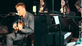 DAMON ALBARN-Hostiles (Live from Fox Studios)