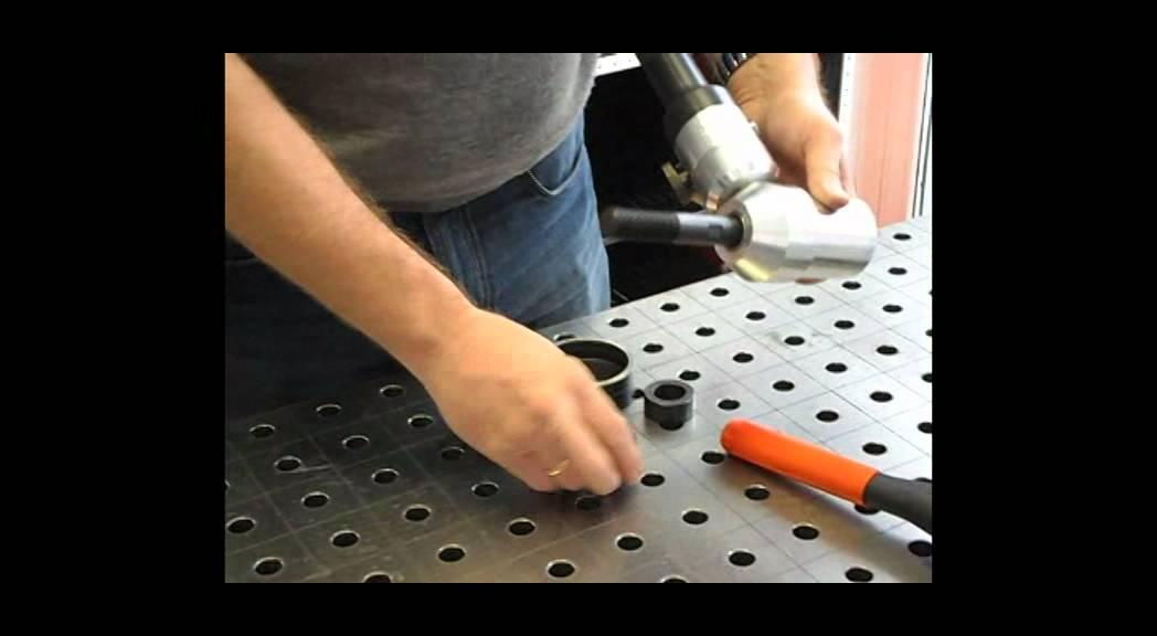 Видео: Хидравлична преса Compact Combi на Alfra
