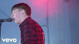 Drenge - Bloodsports (Live) – Vevo UK @ Bestival 2015