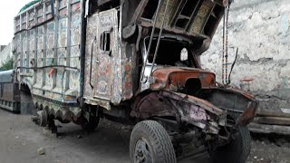 Bedford's accidental repairing and paint work Pakistani truck art