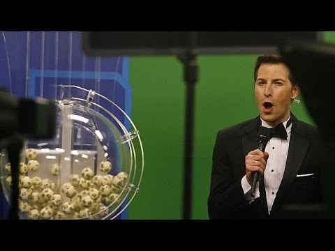 ΗΠΑ: Τρεις τυχεροί μοιράζονται 1,5 δισ. δολάρια στο powerball