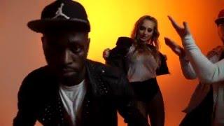 Video PAPAJAM feat. Ibrahim Maiga - FATOUMATA (ROTON MUSIC)