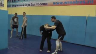 Валерий Николаевич Крючков  Комбинации для скоротечного боя на ближней дистанции