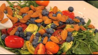 Lola Berry - Superfood Salad