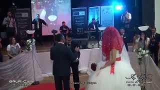 Gelin ve Damadin salona muhteşem girişi. (AY YÜZLÜM VIDEO)
