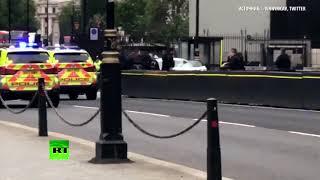Полиция задержала водителя, врезавшегося в ограждение у британского парламента