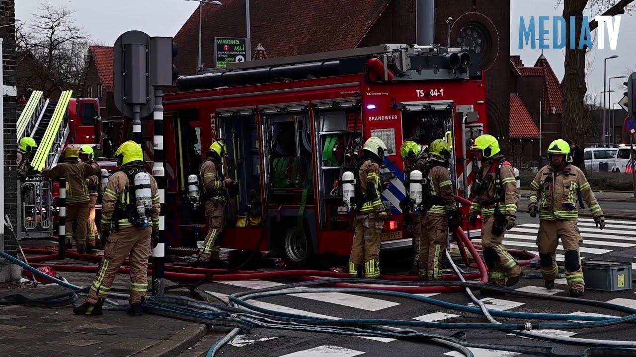 Grote brand in woning Breeweg Rotterdam