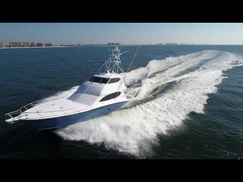 Hatteras 68 Convertible video