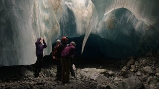360° Ice Cave Exploration Near Whistler, BC, Canada