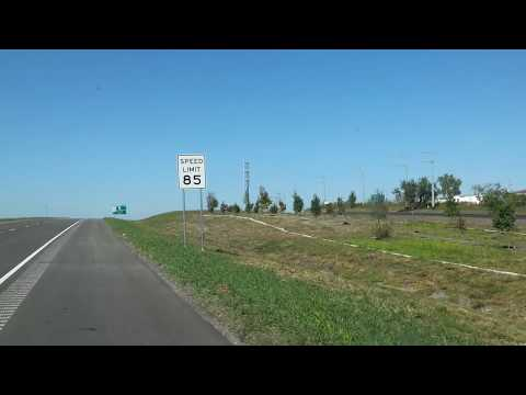 85 MPH 137 KM/H Fastest Highway in America - Texas SH 130 Tollway