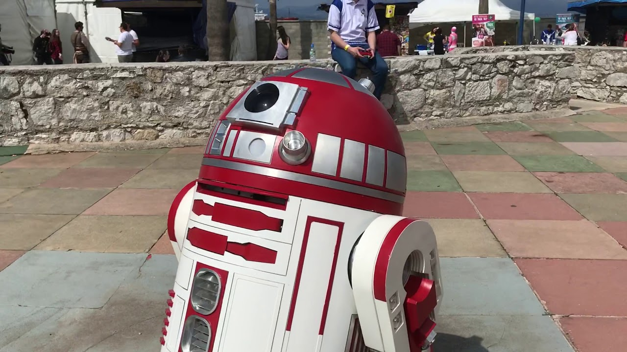 R4-P17 (Star Wars Droid) at Gibraltar International Comic Con [Gibraltar – UK]