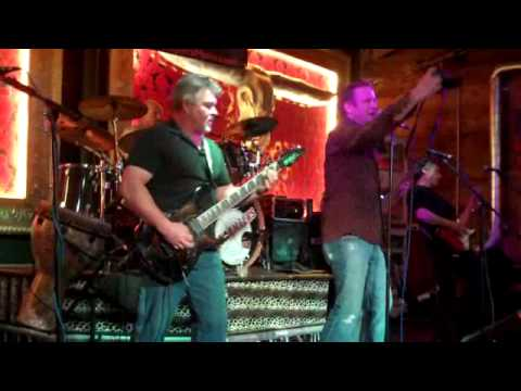 SofaKillers at Copperhead Road - Walk of Life Cover