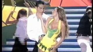 Thalia - Por Amor (Maridos y Mujeres).mpg