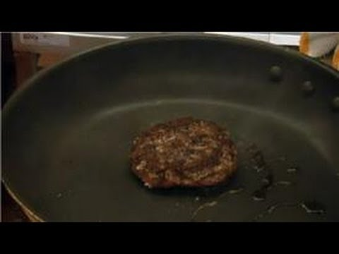 Hamburger Recipes : How to Fry Juicy Hamburgers in a Cast Iron Skillet