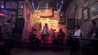 BOOM BOOM FIVE 13 April – Memphis – Dr. Feelgood