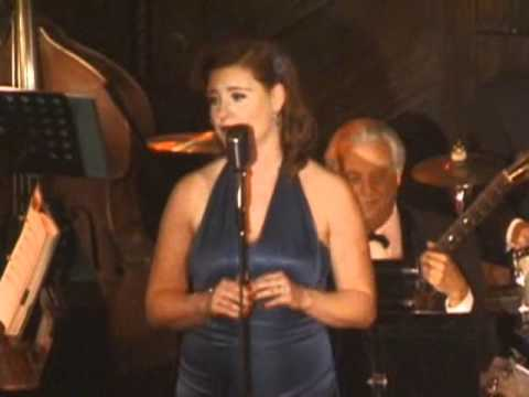 """Courtney Freed sings """"If I Only Had a Brain"""" at Maxwell DeMille's Cicada Club"""