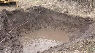 Начинаю копать пруд  ( 26 апреля 2017 год