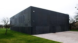 10 Incredible Zombie Proof Houses