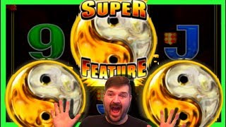 I GOT THE SUPER FEATURE HAND PAY! MASSIVE WIN ON 5 Frogs Slot Machine W/ SDGuy1234