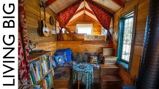 Spectacular Tiny House Truck Made From Salvaged Materials - Video Youtube