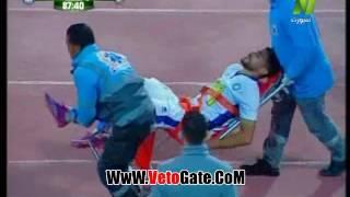 لاعب سموحة ينهار بالبكاء عقب اصابته امام الاسماعيلى