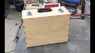 025 Einen Aktenkoffer mit Schaumstoff-Einsatz fräsen. Mill a sample case with foam insert
