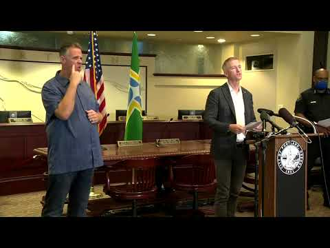 Portland mayor to Trump: 'Stay the hell out of the way'