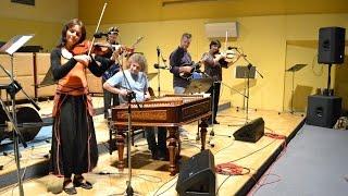 Cimbal Classic a Flair v hudebním cyklu Zpěvem k srdci - 1. část