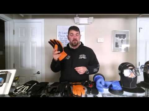 Video Discussion Dive Gloves