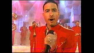 La Arrolladora Banda El Limon - Entregame Tu Amor Y Huele A Peligro (En Vivo En Hoy 2004)